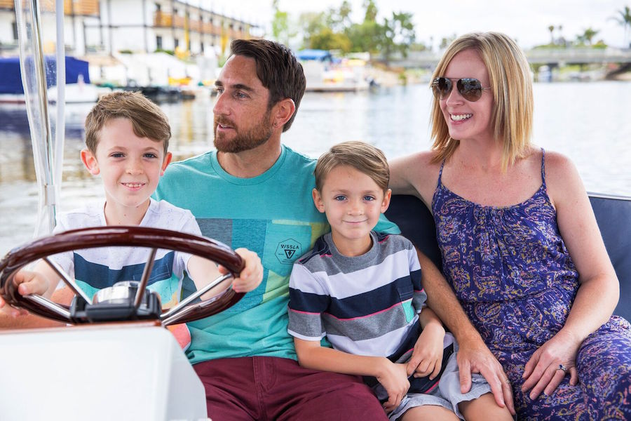 family_boating